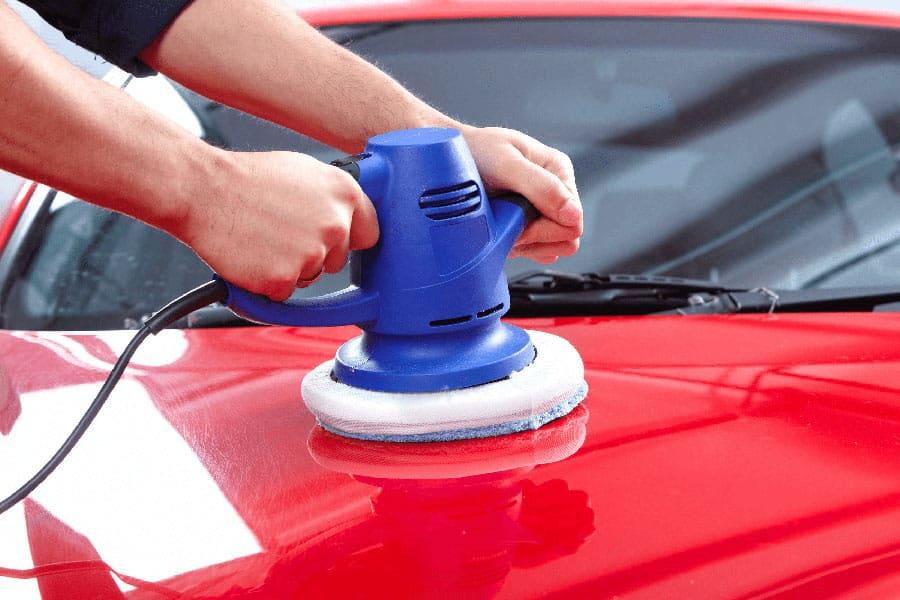 Pulido de pintura carrocería de coche