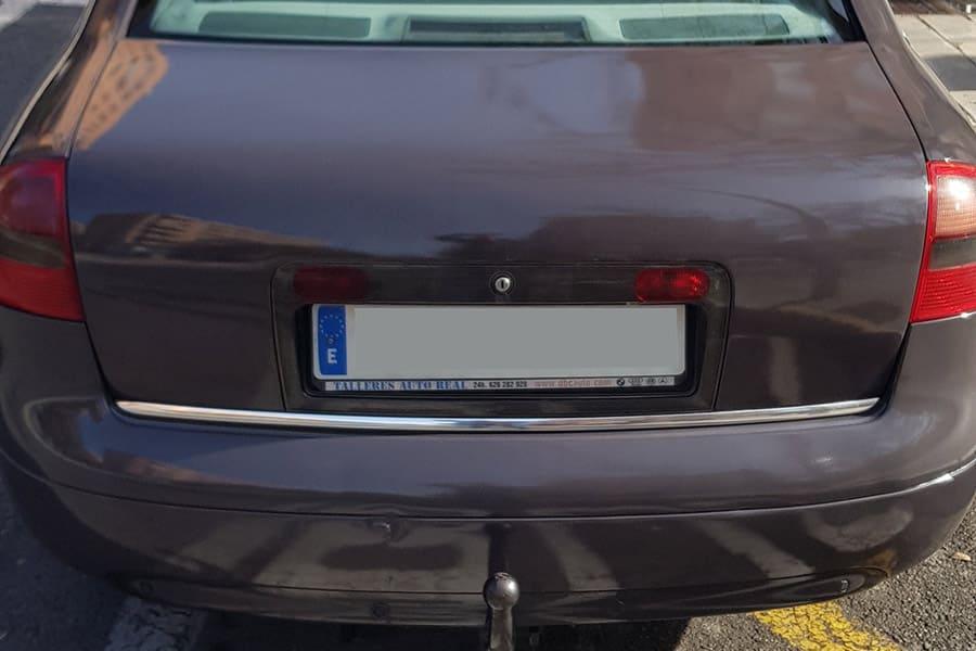 Maletero de Audi con vinilo de fundición