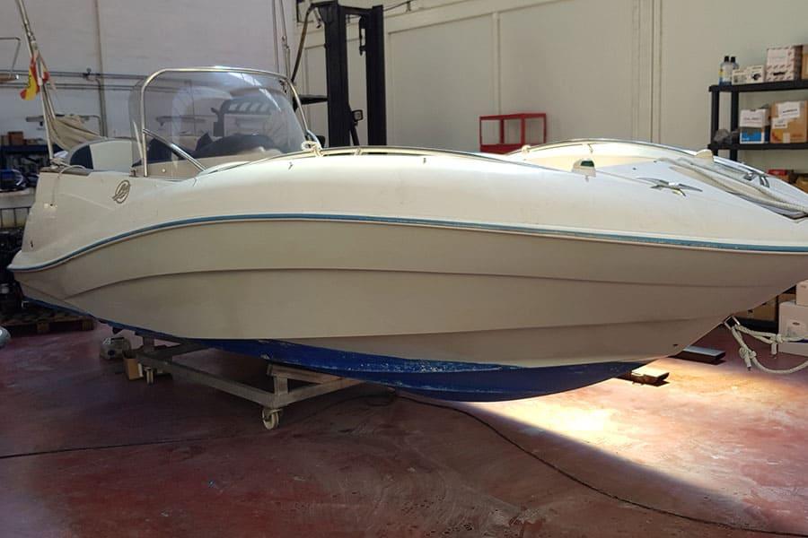 Barco para instalar vinilo de fundición