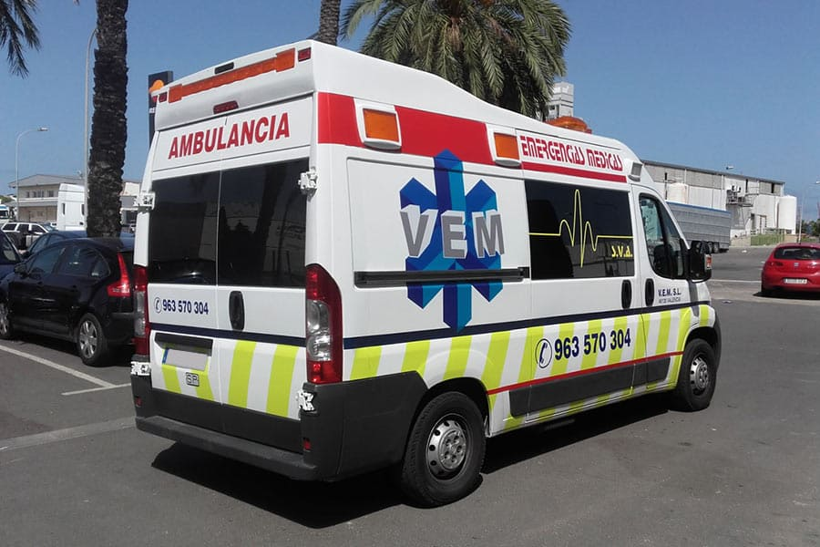 Rotulación parcial ambulancia