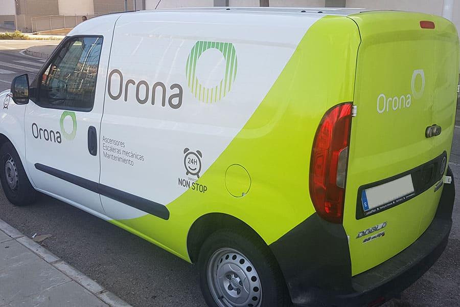 Rotulación parcial furgoneta Orona