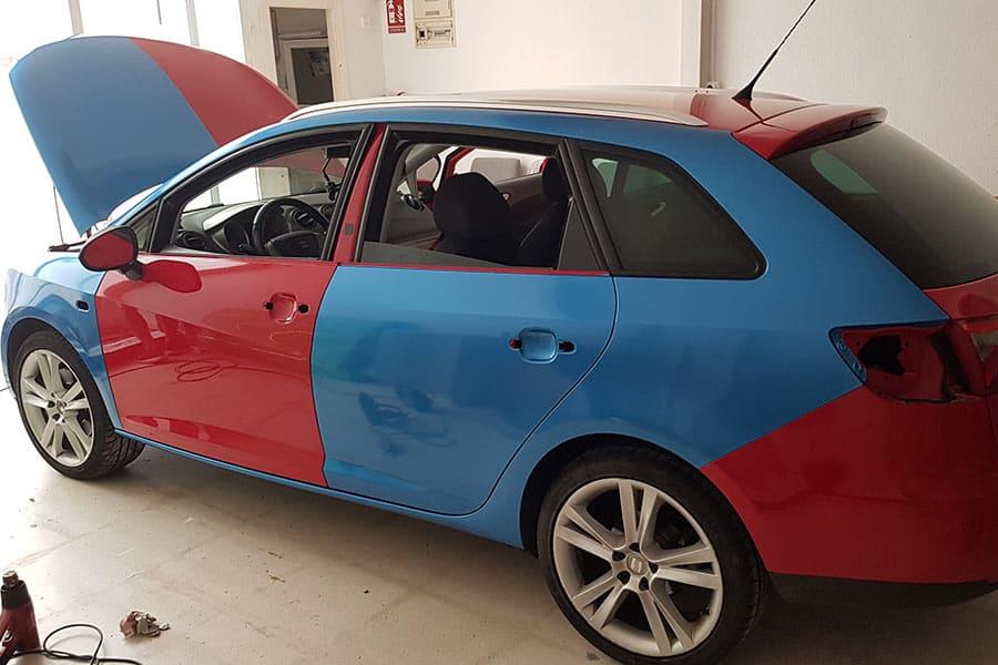 Rotulación integral en un coche proceso de instalación 01