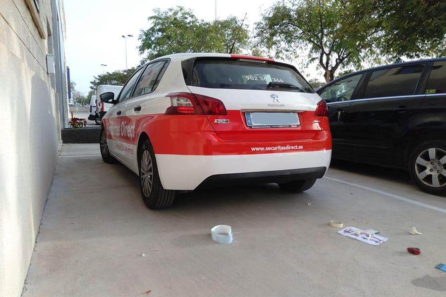 Rotulación parcial en coche vista trasera